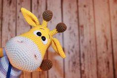 Naughty giraffe amigurumi crochet pattern