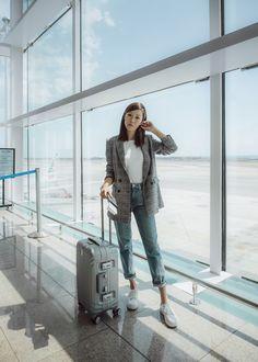 Business Traveler: Glen Plaid Blazer – http://tsangtastic.com   Instagram @tsangtastic Grey Plaid Blazer Trend