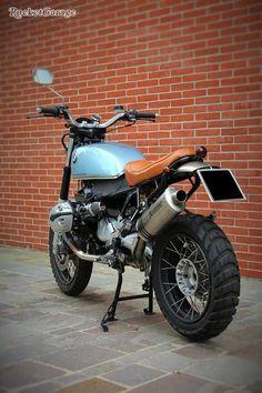 GS Scrambler by - RocketGarage - Cafe Racer Magazine Cafe Bike, Bmw Cafe Racer, Cafe Racers, Bmw R1100gs, Guzzi V7, Stealth Bomber, Cafe Racer Magazine, Bmw Boxer, Cafe Racer Motorcycle
