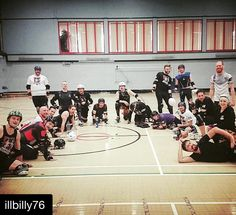 Today was a hard but fun session also had french guest skaters drop in :) #rollerderby  #Repost @illbilly76  Today we skated with some of the French national team! #SDRD #Bully #TeamFrance #teamantiksighting by sodisco_nanaki