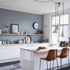 Grey wall with white cabinets and warm brown chairs. Crisp and clean. & Decorating with white | Kitchen / Dining room | Pinterest | Grey ...