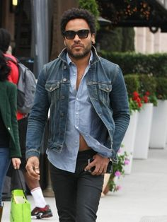 Lenny Kravitz Photos - Lenny Kravitz Out in Beverly Hills - Zimbio