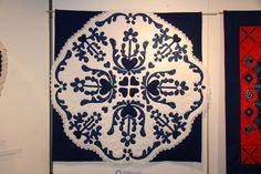 VII. Határtalanul fesztivál és kiállítás 2008 - Kékfestő pályázat Indigo Dye, Blue Backgrounds, Linen Fabric, Hungary, Textile Art, White Cotton, Folk Art, Quilting, Textiles