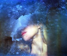 "Submerging your film in liquid might not seem like a good idea, but when done properly it's a photography technique that can garnish unexpectedly beautiful results. Without any post-processing work, you can get a distorted effect with vivid streaks of color and interesting textures. Photographer Polina Washington is an expert in these ""film soups"" and …"