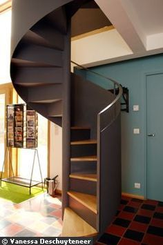 escalier en colima on avec rev tement en b ton cir maison pinterest escalier demi. Black Bedroom Furniture Sets. Home Design Ideas