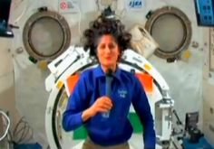 Sunita Williams sends Diwali wishes from space http://ndtv.in/UkUyS4