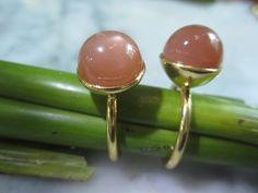 Ring Kette Solitär Mondstein Steckring Gold Luxus von TOM K Just be Absolut auf DaWanda.com
