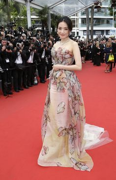 Shu Qi wears ELIE SAAB Haute Couture Spring Summer 2015 to the closing ceremony and 'La Glace Et Le Ciel' Premiere during the 68th annual Cannes Film Festival.