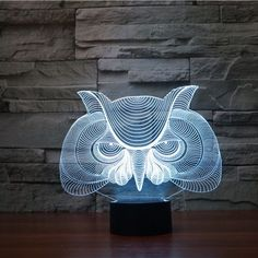 Product Overview The Owl 3D LED Illusion Lamp is a combination of art and technology that creates an optical 3D illusion and plays tricks on the eyes. From afar, you will see the design, but as you ge