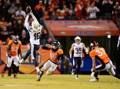 (59) Danny Trevathan, Denver Broncos NFL, San Diego Chargers wide receiver Tyrell Williams (16) can't handle a high pass from San Diego