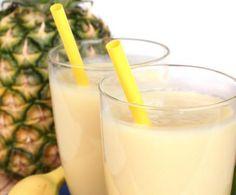 Il centrifugato di pera e banana è dolce e molto buono ed è perfetto per chi non ama particolarmente frutta e verdura o per i più piccoli.