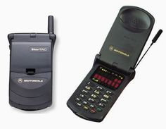 Motorola StarTAC (1996) This was my first cell phone, from Air Touch