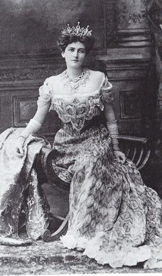 "The ""Peacock Gown"" by House of Worth for Lady Mary Curzon"