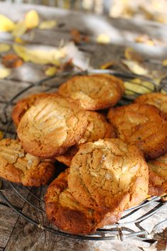 WHITE CHOCOLATE PEANUT BUTTER COOKIE [local-lovely] [sevenspoons]