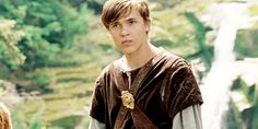 gifs The Chronicles of Narnia peter pevensie edmund pevensie ...