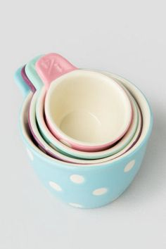 Pastel Polka Dot Measuring Cups