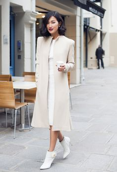 Nicole Warne Named Lavazza Style Consultant - Fashion Weekly Gary Pepper Girl, Fall Fashion 2016, Daily Fashion, Winter Fashion, Nude Colors, Casual Chic Sommer, Nicole Warne, L Office, Stylish Summer Outfits