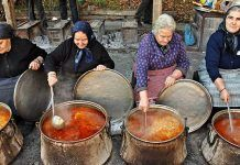 """The smells of the traditional bean soup made by the Macedonian ladies of """"Palio Zazikos"""" Pieria Mountains, Greece cooking for the feast of the Virgin Mary in their ancestral Greek lands. from from northern and the rest of French Riviera Style, Macedonian Food, Greek Cooking, Alexander The Great, Bean Soup, Greek Recipes, Greece Travel, Health And Nutrition, Screen Shot"""