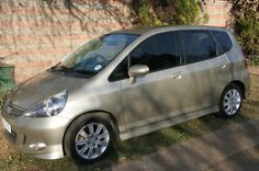 Visit Gumtree South Africa, your local online classifieds with thousands of live listings! Buy & sell cars, property, electronics, or find a job near you. Buy And Sell Cars, Cars For Sale, V Tech, Gumtree South Africa, Honda Jazz, Post Free Ads, Used Cars, Van, Vehicles