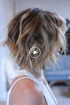 The best collection of Haircuts For Short Hair, latest and best short haircuts, short hair styles, short hair trends 2018 2019 Graduated Bob Haircuts, Best Short Haircuts, Short Hairstyles For Women, Easy Hairstyles, Bob Hairstyles How To Style, Pretty Hairstyles, Graduated Bob With Fringe, Mid Haircuts, Sport Hairstyles