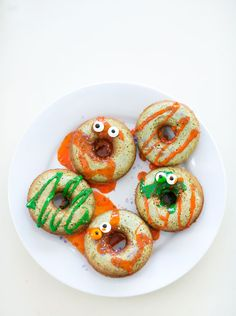 """Make """"green"""" baked mini donuts and have your kids decorate away for a fun and easy Halloween treat."""