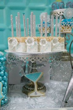 Tiffany & Co. inspired birthday party with Lots of REALLY CUTE IDEAS via Kara's Party Ideas | KarasPartyIdeas.com Printables, Cakes, Favors,...