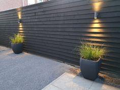 Langenboom | Hartman x Jan de Boer Tuinhuizen Buitenkamer | Jan de Boer Tuinhuizen Terrace Design, Garden Design, Modern Fence Design, Garden Cabins, Covered Decks, Curb Appeal, Outdoor Gardens, Backyard, Outdoor Decor