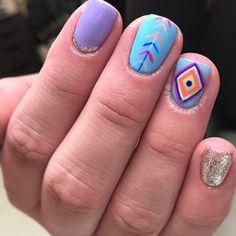 Mystery Mani 2! thanks Amanda! ➡️inspo • • • #boise #boisenails #nails #nailart #naildesign #gelpolish #gelmani #gelnails #nailsofinstagram #nailsofig #nailsmagazine #nailsoftheday #aprilnails #bohonails #springnails #aztecnails