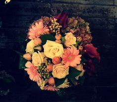 #gerbera#hortensia#trandafirisimultealte...