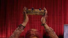 Queen Of Mean Descendants 3 The Descendants, Disney Descendants Songs, Descendants Videos, Cameron Boyce Descendants, Descendants Characters, Disney Songs, Cheyenne Jackson, Estilo James Bond, Sarah Jeffery