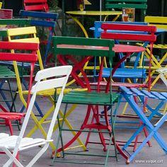 Les cadires de colors  [www.vaque.com] #Girona #Barcelona #CostaBrava #Catalunya #Catalonia