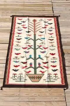 Tree of Life Navajo rug . don't know the source or authenticity Native American Rugs, Native American Crafts, Native American Indians, Native Americans, Navajo Weaving, Navajo Rugs, Woven Wall Hanging, Tapestry Wall Hanging, Navajo Culture