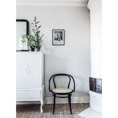 No30 tuoli, musta/rottinki ryhmässä Huonekalut / Tuolit @ ROOM21.fi (124369)