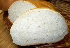 Nechat vykynout, rozdělit na 2-4 bochánky a ty nechat vykynout 15 minut.Z každého vyválíme placku, srolujeme ji a necháme na vymazaném plechu… Bread And Pastries, Food And Drink