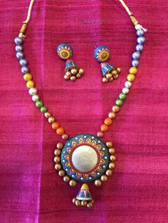 Terracotta Fashionable Necklace Set - Multi Color