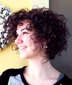 22 Curly Short Hairstyles You Will Absolutely Love: #5. Naturally Curly Bob with Bangs; #curlyhair; #shorthair; #bangs