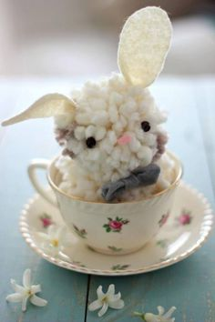 So cute! I used to make things like this years ago. Thanks for reminding me of simpler times, Joanna Gaines! How-to: magnolia homes.net/diy-yarn-bunnies