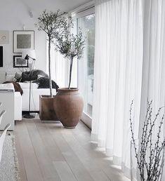 "2,305 mentions J'aime, 2 commentaires - Interior & More (@interiorblink) sur Instagram: ""Curtain Love 💫💫 @mikahome_ Our Home Textile Partner 💫 @mikahome_"""