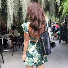 For Love & Lemons tropical leaf dress NWT. Size XS.   Color: green multi.    NO TRADES.    For Love and Lemons Dresses