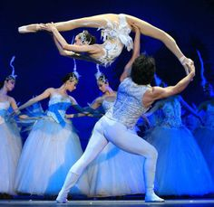 "#Great Chinese State Circus # ""Swan Lake"" #"