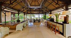 Awesome-Villa-Sungai-Tinggi-Dining-Bar-and-Living-Areas.jpg (1500×803)