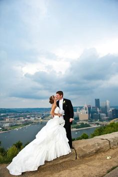 Lauren Marie O'Donnell and Nicholas Paul Christy - Pittsburgh Magazine Real Weddings 2012
