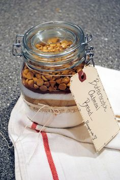 Best DIY hostess gift idea! Recipe in a bottle