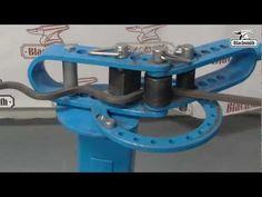 Harbor Freight metal bender/scroll - YouTube