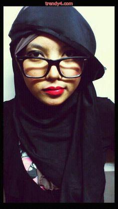 Glasses hijab style