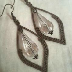 #Frillosamente vintage  handmade earrings Seguici su Facebook su Frillosamente