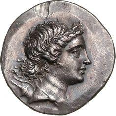 Tetradracma - argento - Magnesia sul Menandro, Ionia (Turchia) (170-140 a.C.) - busto di Artemide vs.dx. con arco e faretra sulla spalla -  Münzkabinett Berlin
