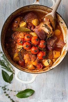 Find out Exactly how to cook Chinese Poultry Gourmet Recipes, Cooking Recipes, Healthy Recipes, Paleo Dinner, Dinner Recipes, Dinner Ideas, Confort Food, Braised Chicken, Food Dishes