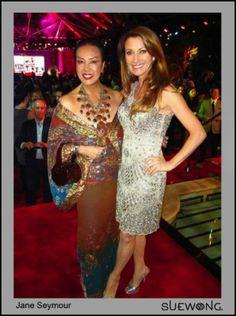Jane Seymour wears Sue Wong!