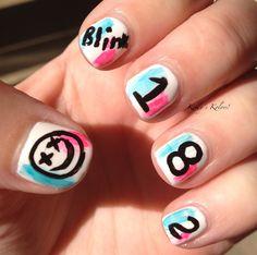Blink 182 nails♥